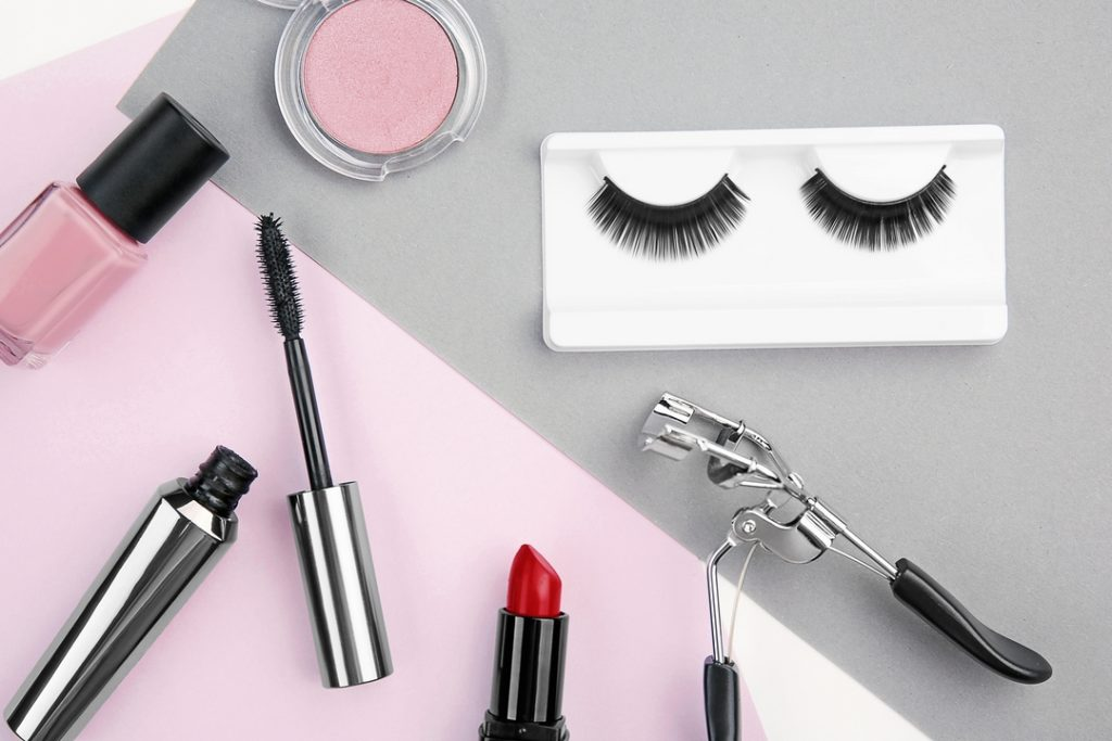 5 Expert Tips to Wear Your Eyelash Extensions