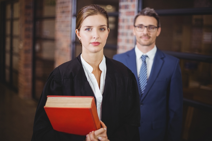 6 Common Mistakes When You Hire a Lawyer