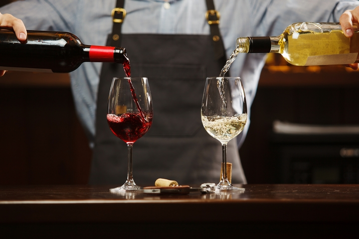 9 Red Wine Tips for White Wine Drinkers